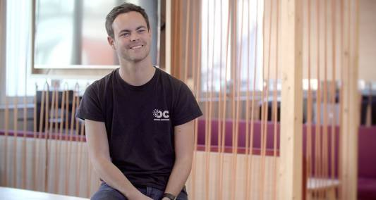 Mathieu Nebra, cofondateur de la plate-forme de cours en ligne OpenClassrooms, a dû expliquer aux commerciaux pourquoi il fallait refuser des contrats juteux.- DR
